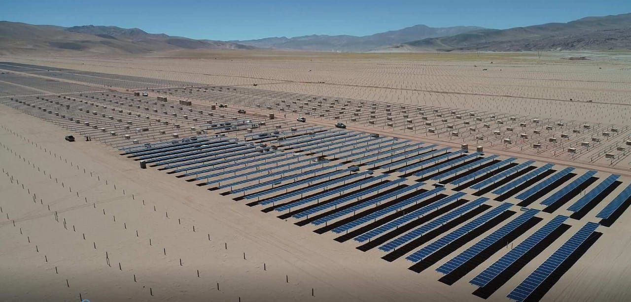 Técnicos del Exim Bank de China inspeccionaron el avance de obra de la primer fase del parque solar fotovoltaico Cauchari
