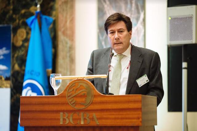 GWEC cuenta la experiencia en el mundo del impuesto al viento e insiste con lanzar nueva subasta eólica en Argentina