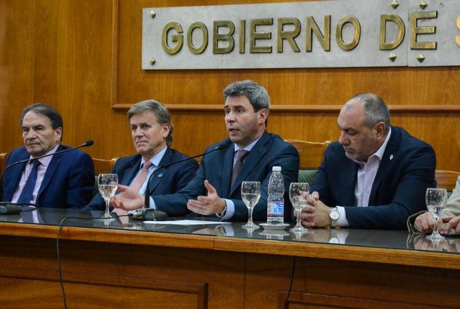 San Juan lanzará licitaciones para redes de transmisión como parte de su estrategia para incorporar más renovables