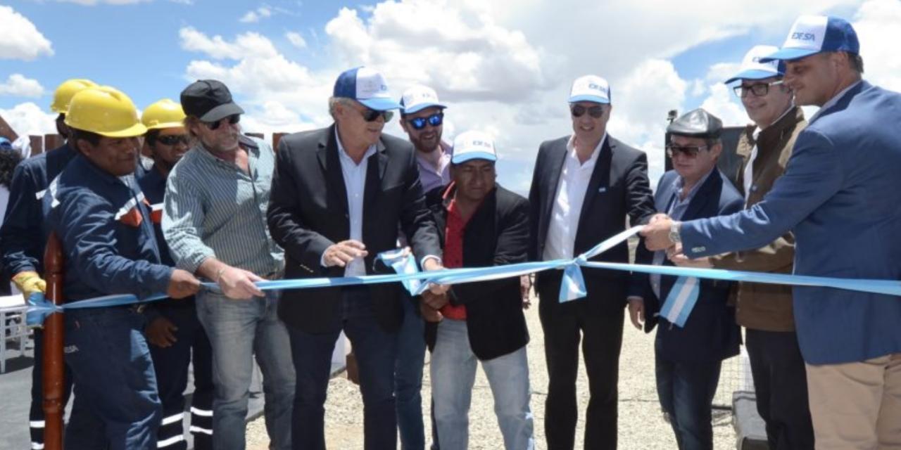 """Ya está operativo en Jujuy el primer «Pueblo Solar"""", el sistema energético disperso que incluye tecnología fotovoltaica y baterías de litio"""