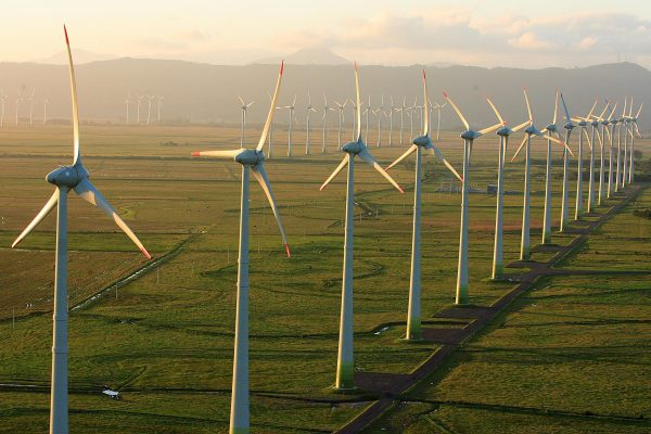 Genneia y Pan American Energy desarrollarán dos nuevos parques eólicos en Argentina
