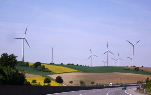 Mercedes Benz y Statkraft firman un PPA que alargará cinco años la vida de seis parques eólicos alemanes