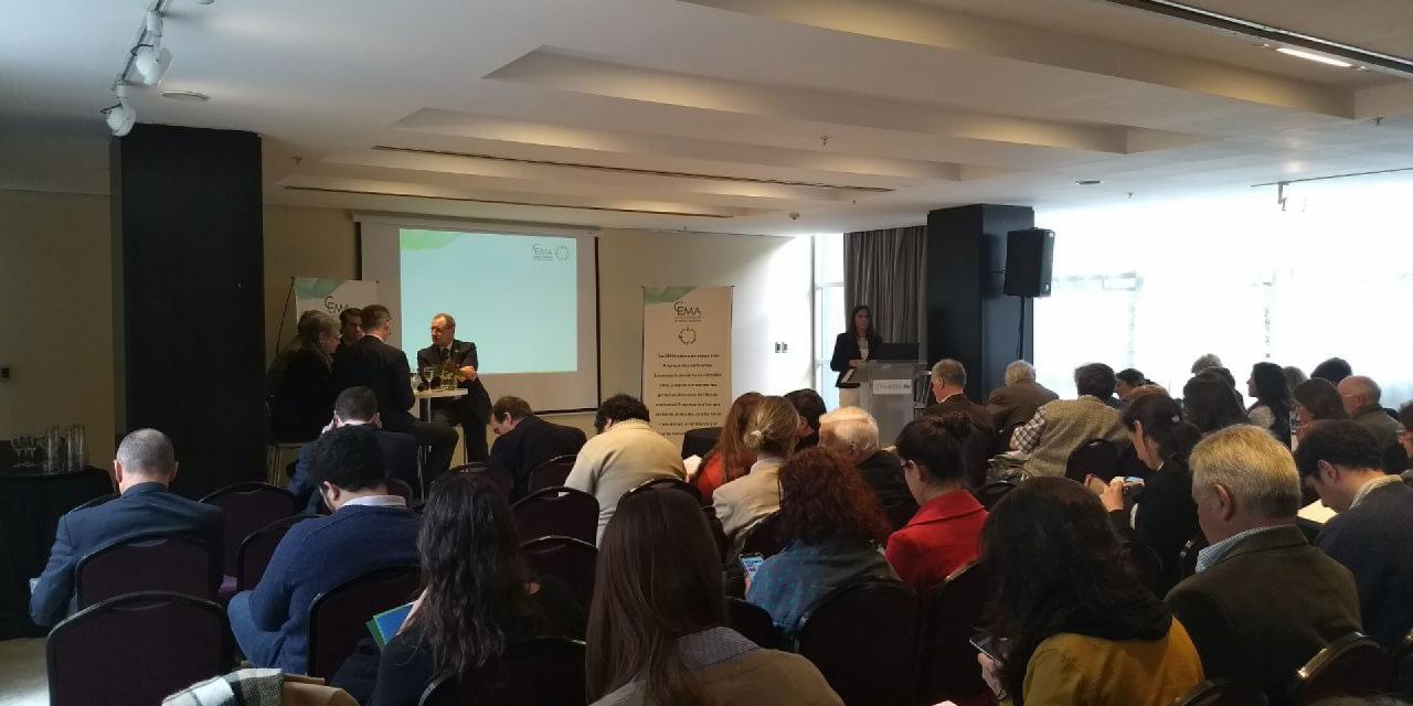 CEMA organizó un evento para discutir políticas ambientales con decisores políticos