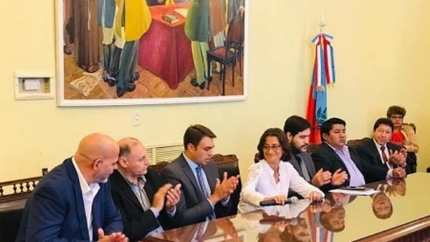 Air Total, la empresa que se quedó con la licitación del parque solar fotovoltaico en Catamarca