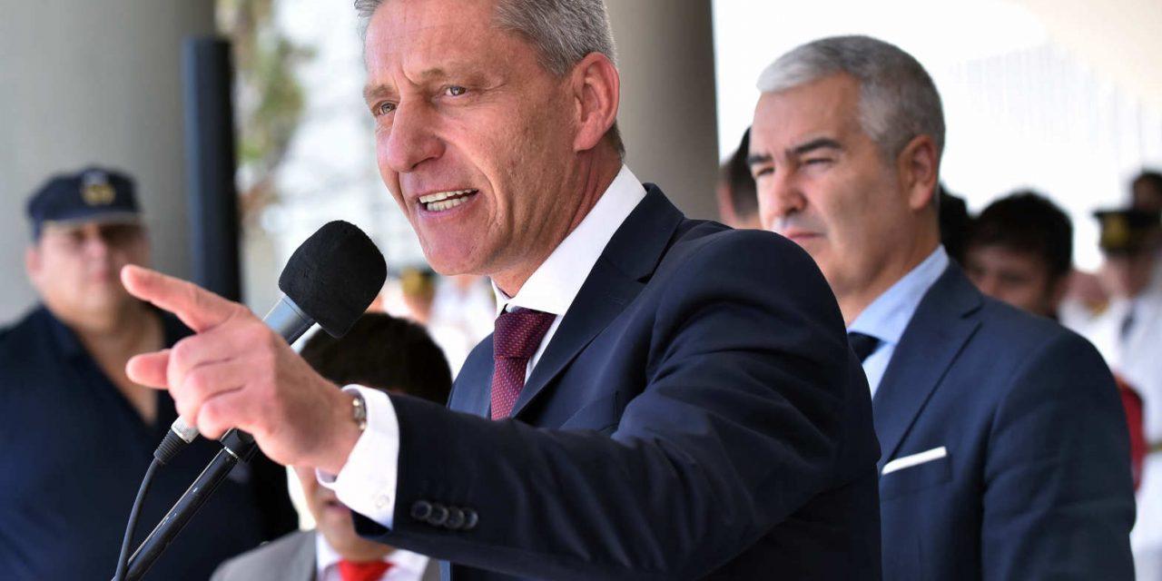 Empresarios, expertos y funcionarios, todos en contra: rechazo unánime al impuesto al viento en Chubut