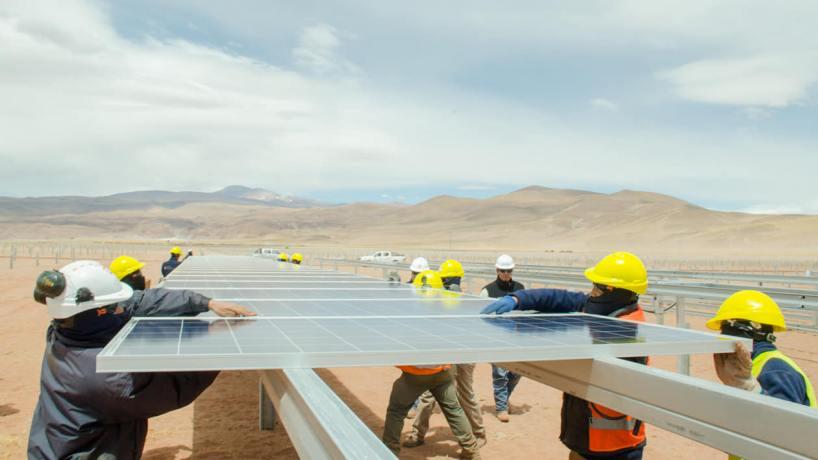 Tubos Argentinos provee a cinco parques solares y profundiza su estrategia comercial
