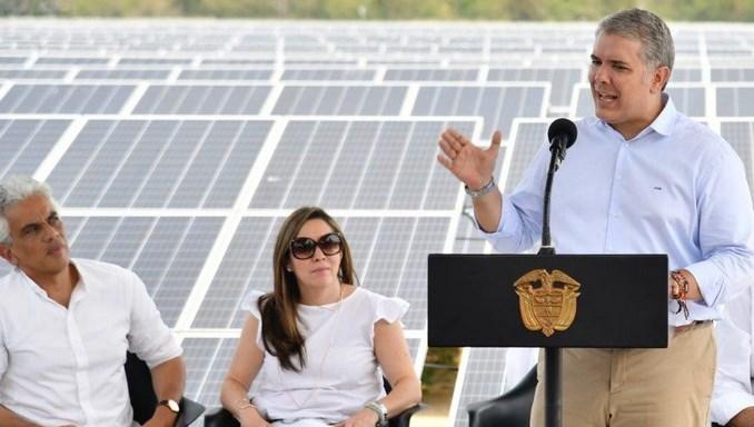 Colombia inicia una «revolución» de energías renovables adjudicando 1.400 MW: dónde se montarán las centrales