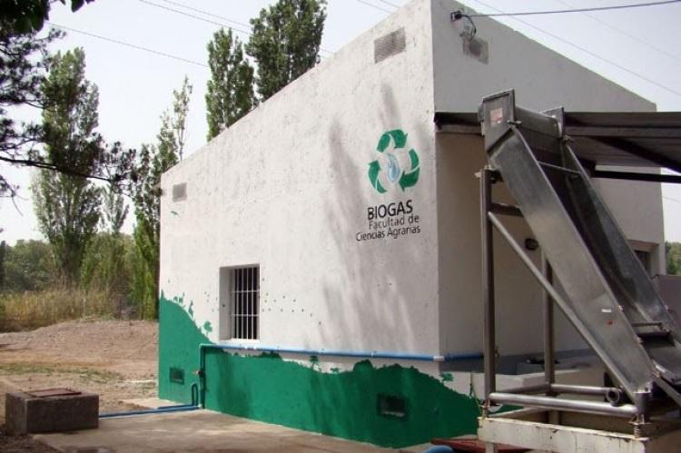 Facultad de Ciencias Agrarias lanza optativa sobre energías renovables y biogás
