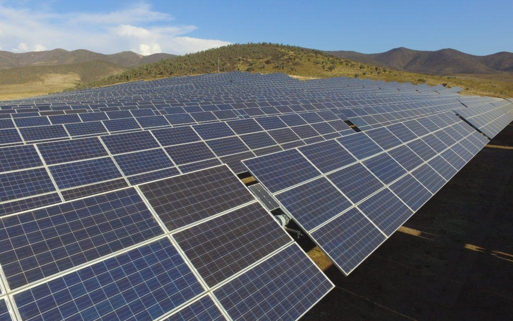 Sonnedix y Natixis se asocian para explotar cuatro parques fotovoltaicos en Chile