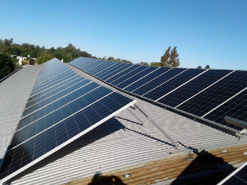 Generación Distribuida on y off grid: cómo funcionan las políticas de Gobierno para la autogeneración mediante energías renovables