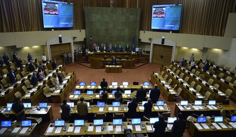 Comisión de Energía de Diputados se reúne mañana para resolver por ley quién paga el recambio de medidores: U$S 1.000 millones que disputan usuarios y eléctricas