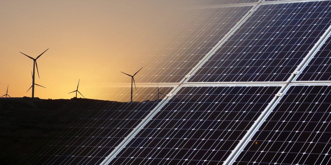 Aes cerró 23 contratos para suministrar energía eólica a grandes usuarios