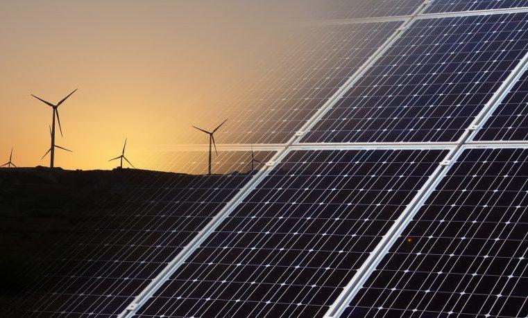 ANLA evalúa la habilitación de dos parques eólicos en La Guajira y tres centrales fotovoltaicas en Cesar y Santander