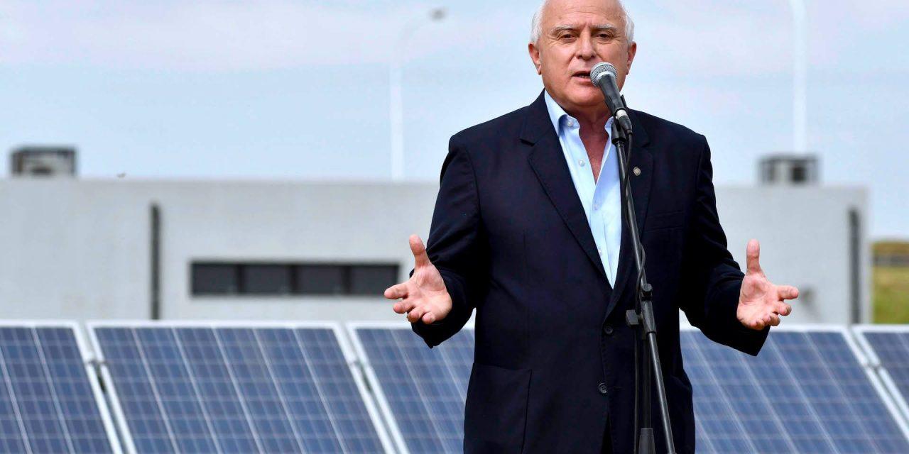 Ya se vendieron 10 pliegos para la subasta de renovables en Santa Fe: mañana se conocen las ofertas con buenas expectativas del Gobierno