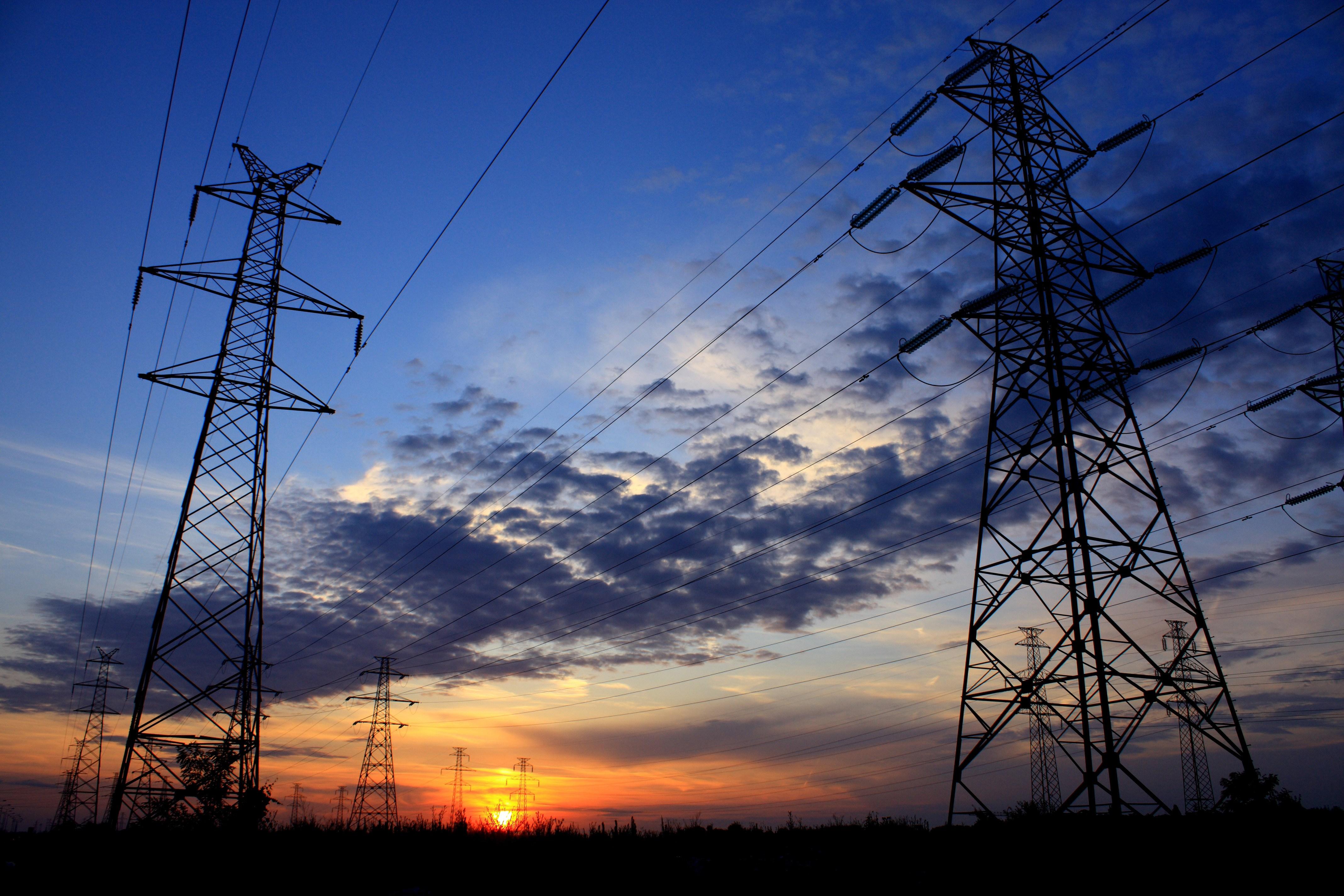 La Nación asumirá el pasivo por $1,2 billones de Electricaribe: el Gobierno anuncia inversiones en redes eléctricas por $500 mil millones