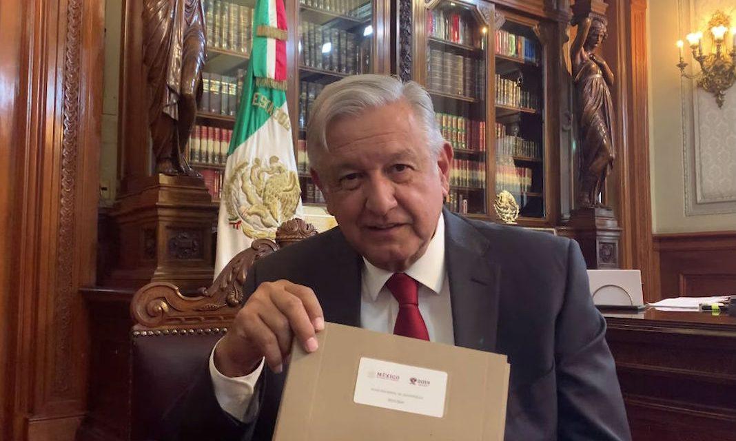 López Obrador rescindiría contratos otorgados bajo prácticas corruptas: el rol de las energías renovables en el Plan Nacional de Desarrollo 2019-2024