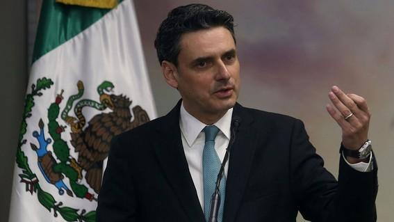 Las energías renovables pierden a un hombre clave: el presidente de la CRE renuncia a sus funciones públicas