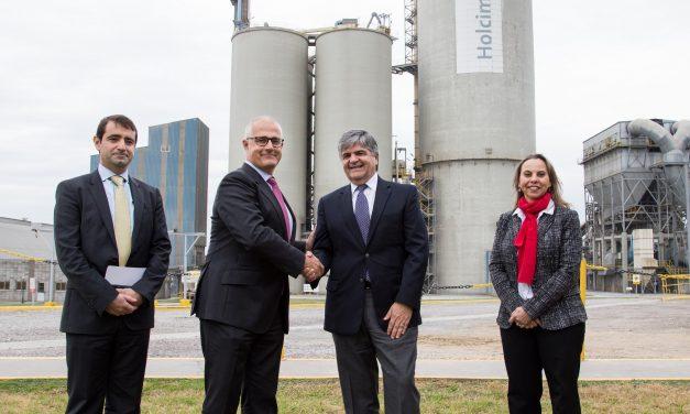YPF Luz cerró nuevo contrato con Holcim para abastecerla de energía eólica
