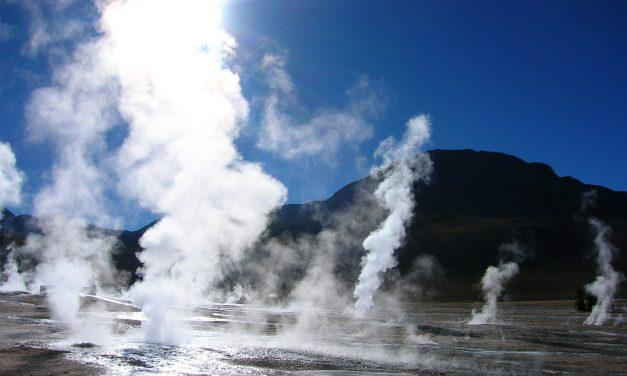 Expertos y autoridades proponen a la energía geotérmica para diversificar la matriz en México