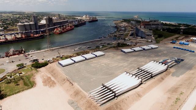 Grandes puertos bonaerenses: situación actual y proyectos futuros para la recepción y transporte de equipos de energías renovables