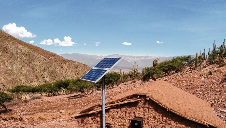 Por incumplimientos, el Gobierno rescinde contratos de energía renovable a Enerray e inicia investigación de su expediente en el PERMER