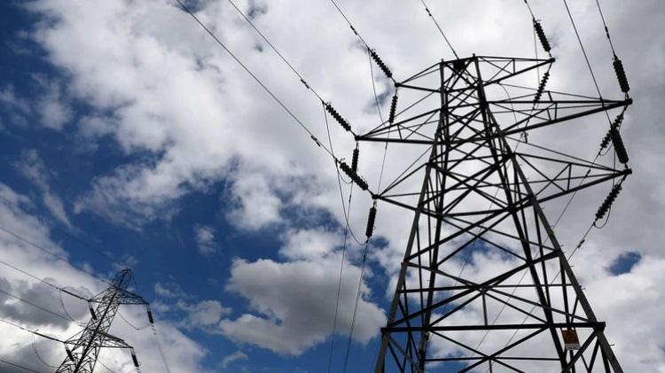 El consumo de energía eléctrica cayó 4,6% interanual en julio