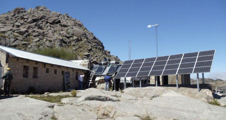 PERMER llama a licitación para dotar de equipos fotovoltaicos a 260 escuelas de Salta