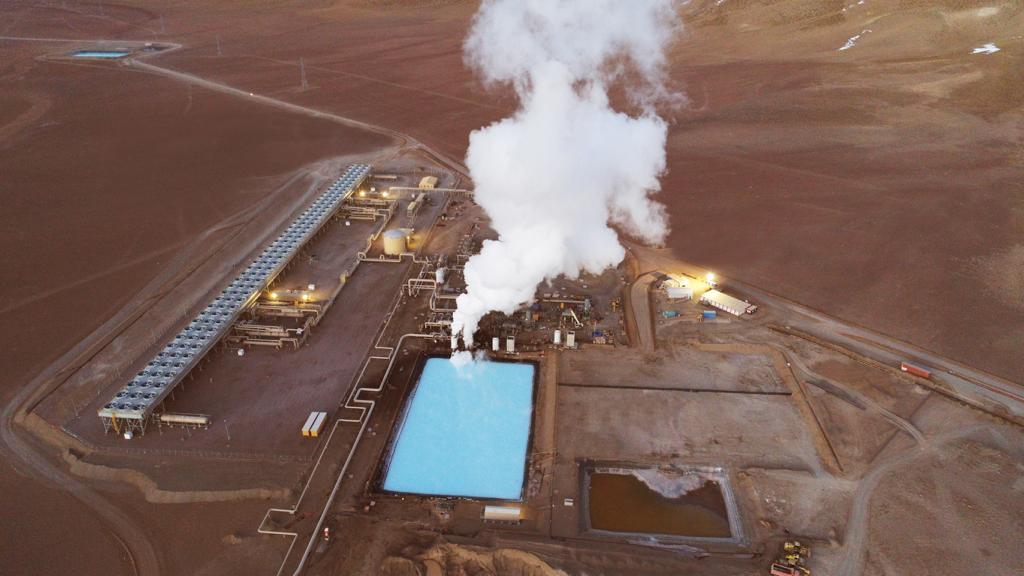 Enel Green Power Chile y ENAP amplían por 33 MW la planta geotérmica Cerro Pabellón