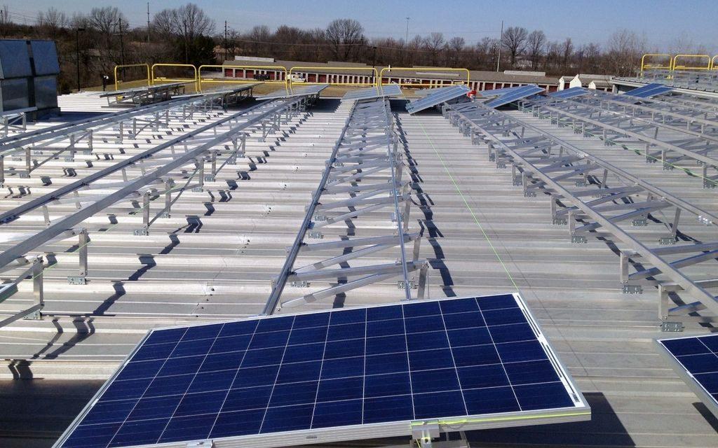 Hemeva se queda con la licitación para la provisión e instalación de paneles fotovoltaicos en edificios públicos de Colombia