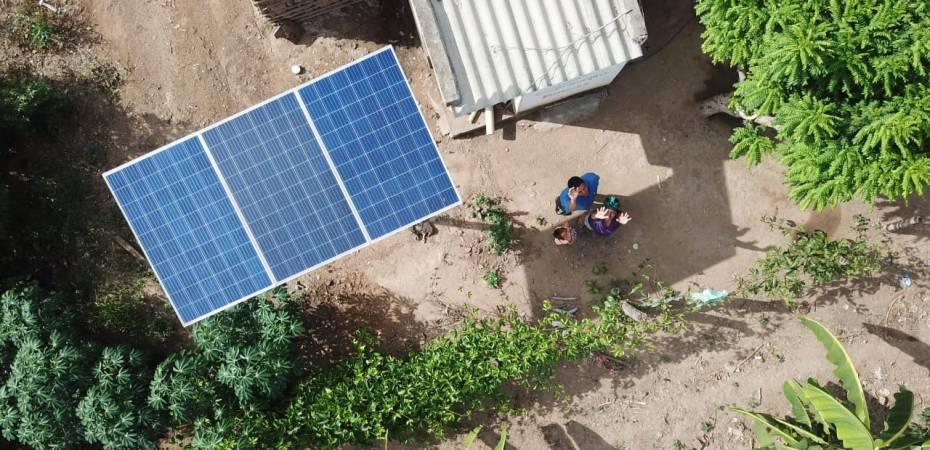 1.000 familias por mes: el Gobierno de Colombia profundiza la entrega sistemas fotovoltaicos a familias sin acceso a red