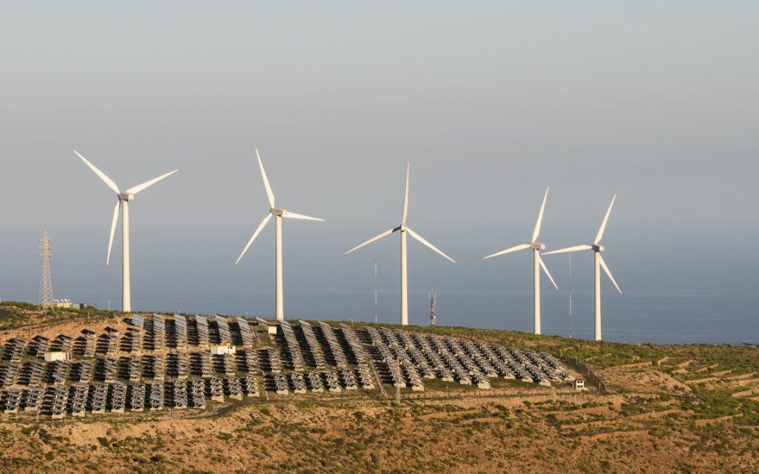 El SIEL registra más de 320 proyectos solares, eólicos y de biomasa en carpeta en Colombia