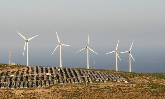 Ecuador recibirá en junio 2021 ofertas para nueva subasta de 200 MW de energías renovables