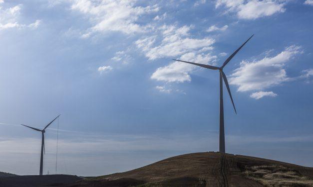 Finalmente la compañía energética de Minas Gerais contrató 97 MW de solar y eólica