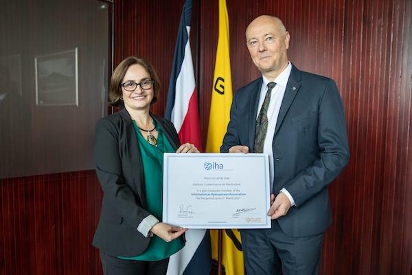 El Grupo ICE de Costa Rica se unió como miembro de oro a la Asociación Internacional de Energía Hidroeléctrica