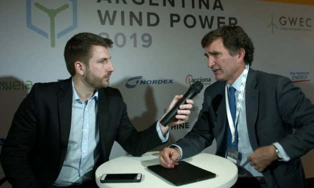 Marcos Browne de YPF Luz: «Es complementario el desarrollo de energías renovables y Vaca Muerta»