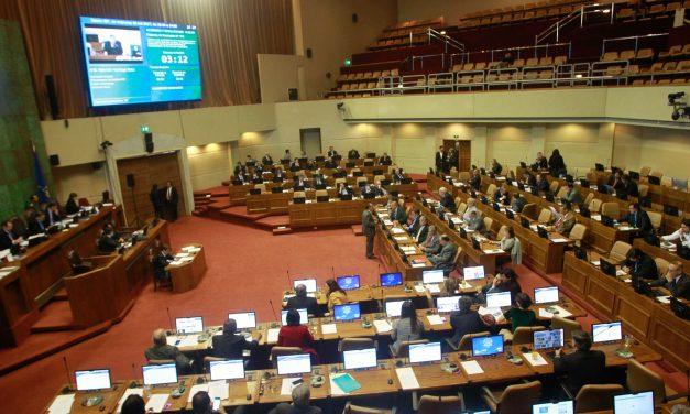 Congreso aprobó Ley que congela tarifas eléctricas hasta diciembre del 2021 en Chile