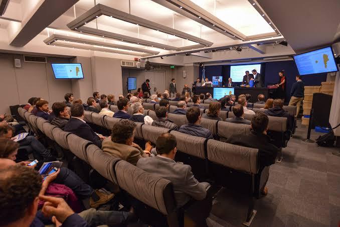 Empresarios plantearon políticas de Estado para las energías renovables en Argentina