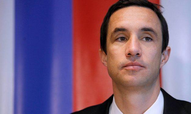 Ministro Jobet destacó el potencial de la generación eólica para Chile