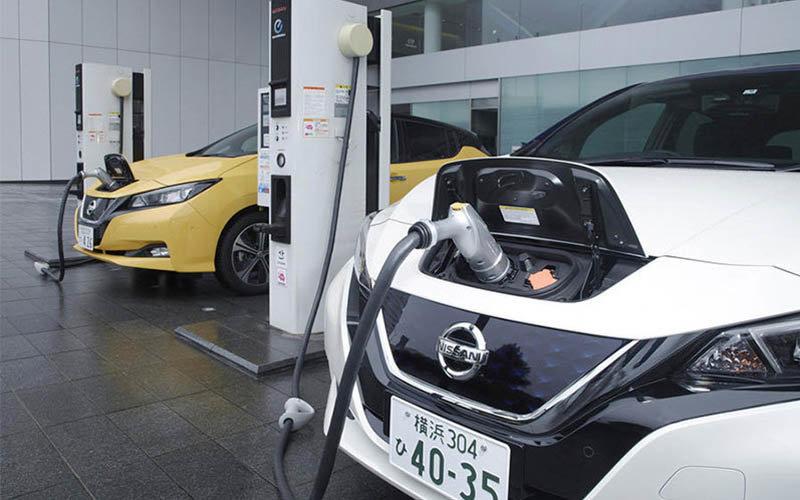 La odisea de comprar un automóvil eléctrico en Argentina: trabas impositivas y precios dos veces más caro que en Estados Unidos