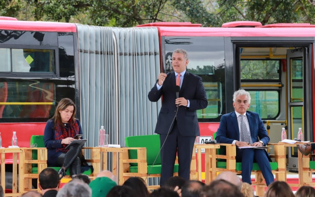 El Gobierno de Colombia elaboró Plan de Acción para incentivar la movilidad eléctrica que incorpora 600 mil vehículos al 2030