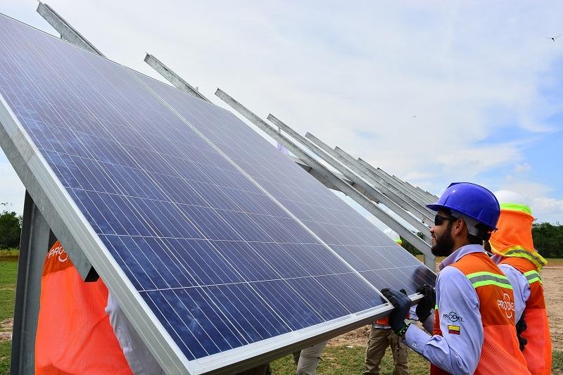 Proyectos en números: el Gobierno presentó los resultados de la subasta de energías renovables de Colombia