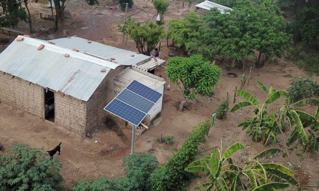 Colombia lanza una licitación de consultoría para electrificar zonas rurales mediante fuentes de energías renovables
