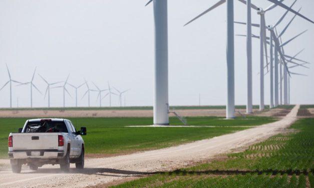 Investigadores de México advierten necesidad de profundizar políticas para reducir emisiones en energía y transporte