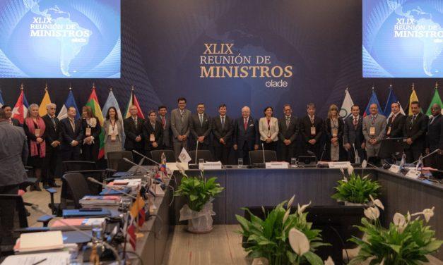 Más gas y energías renovables: los 13 compromisos que ministros de energía de 27 países firmaron para Latinoamérica