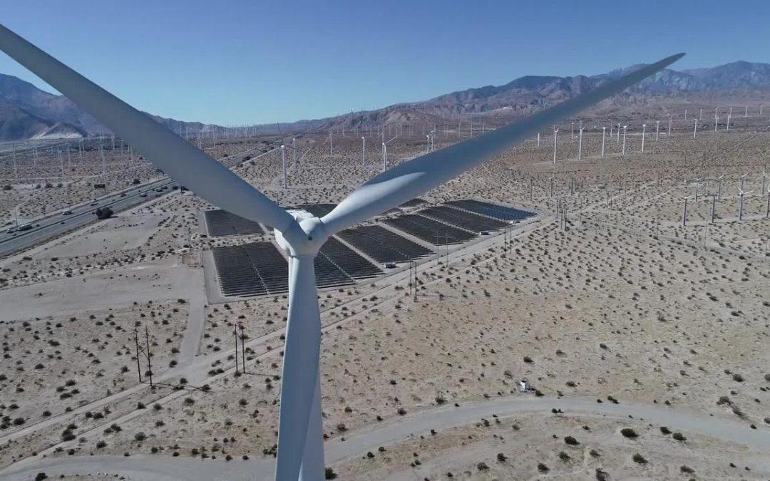 Expertos plantean al Gobierno revisar exigencias ambientales de los proyectos eólicos y solares en Colombia