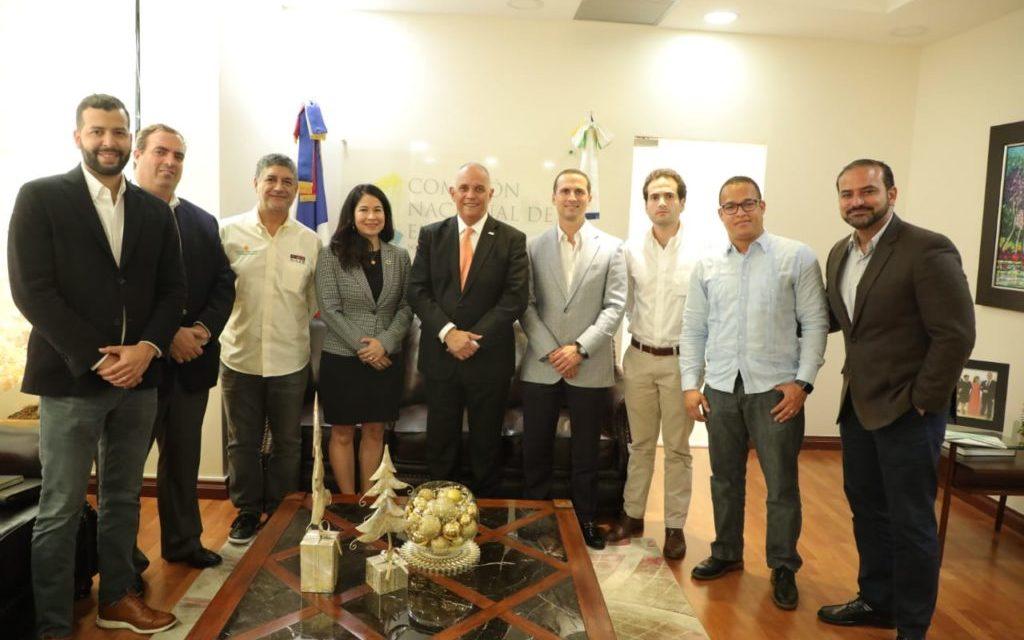 Empresarios se reunieron con Ángel Canó de la Comisión Nacional de Energía para analizar planes de energías renovables