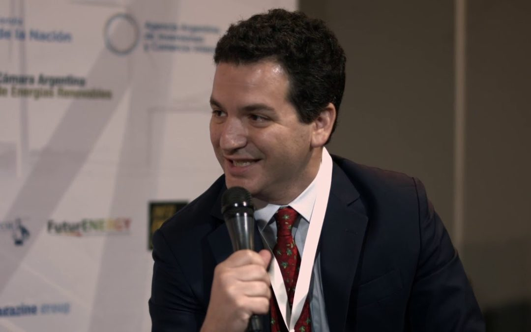"""""""El futuro de Vaca Muerta está en lograr saldos exportables y las renovables no atentan contra eso, sino que lo fortalecen"""""""