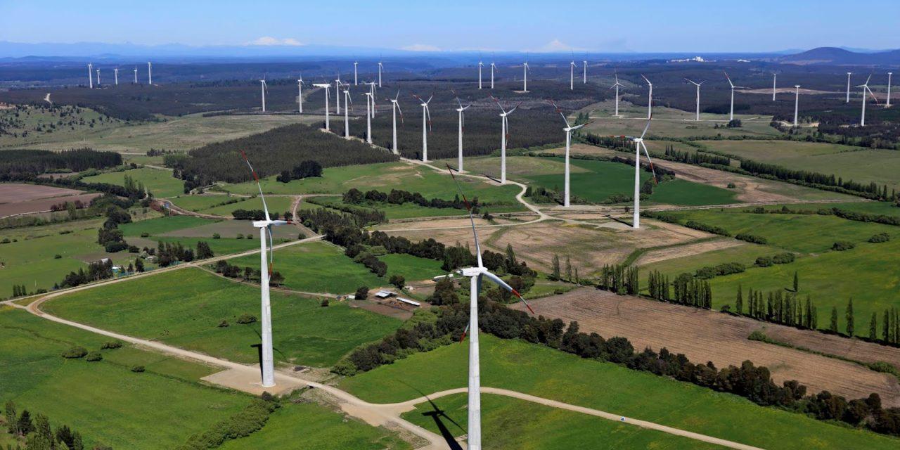 Acciona pica en punta en Chile alcanzando 536 MW operativos entre plantas de eólica y solar