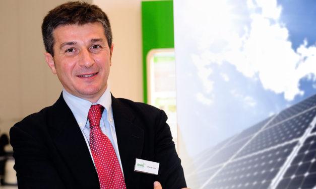 El futuro de la distribución: la venta de paneles solares por aplicación y desde el celular, según Jinko Solar