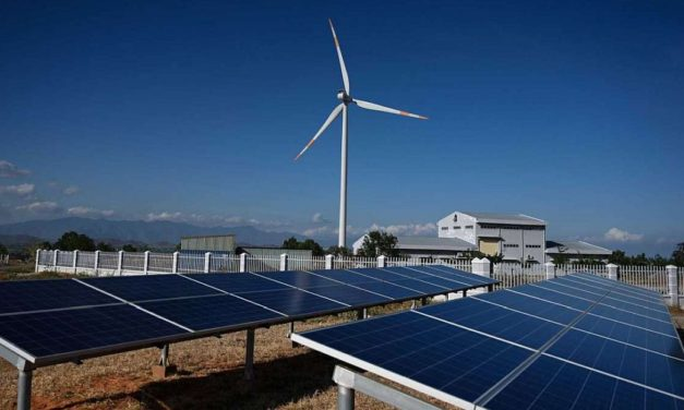 En total son 25: ayer se firmaron 15 nuevos contratos de la última subasta de energías renovables en Argentina